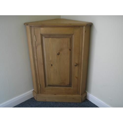 - Pine Free Standing 1 Door Corner Cupboard